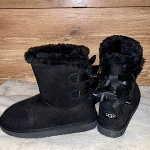 BN Uggs w/ Bows On Back
